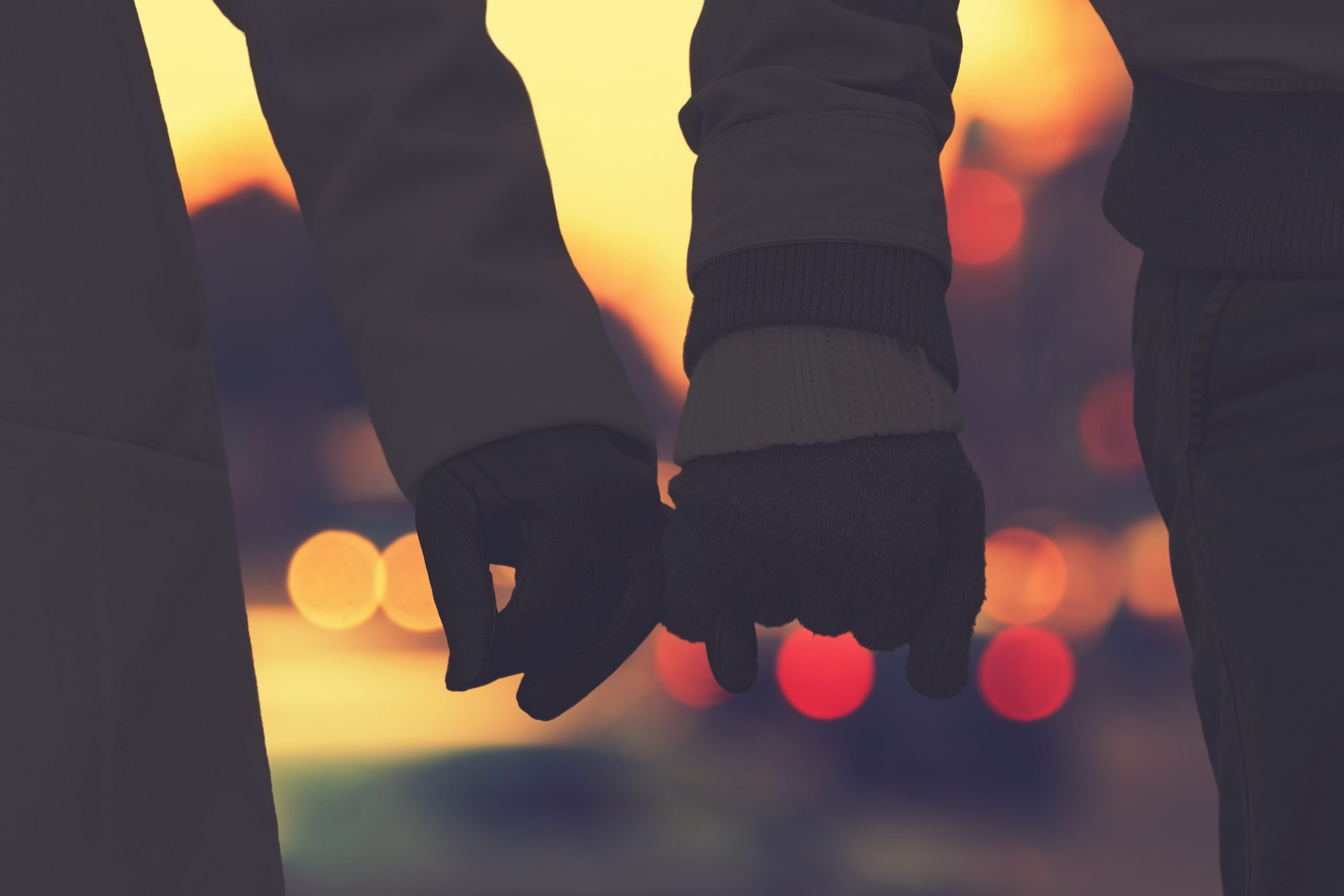 blog image of couple on a date in nashville tennessee